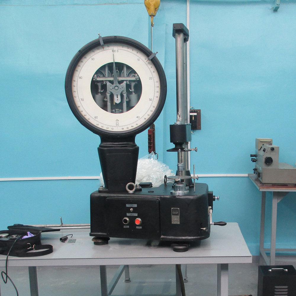 машина для випробування пружин