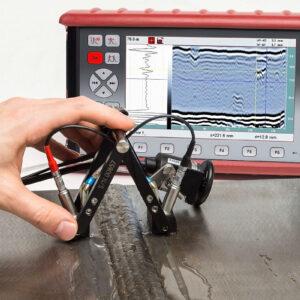 Сканування зварного шва ультразвуковим дефектоскопом ECHOGRAPH 1095