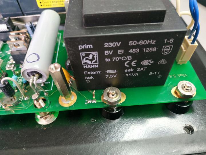 Омметр Віток. Вигорання резистора R10